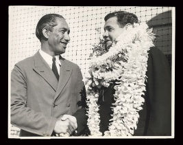Duke welcomes Babe Ruth to Hawaii